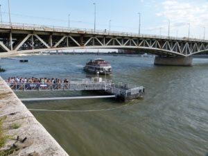 Donau Fähranleger in Budapest