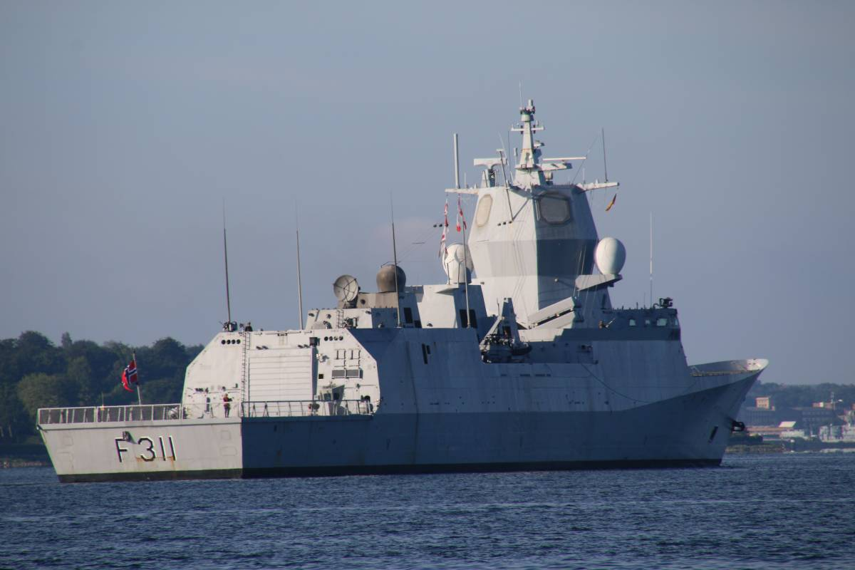 Roald Amudsen F311 Schiff
