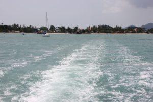 Fähre verlässt Big Buddha Pier Koh Samui Richtung Koh Phangan