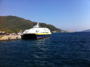 Fähre von Rhodos nach Marmaris im Hafen von Marmaris