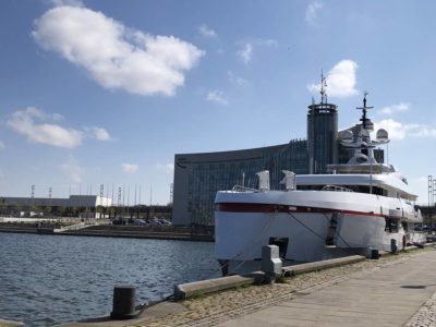 Forever One Yacht in Kiel