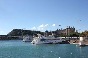 Ausflugsschiffe Hafenrundfahrt Barcelona