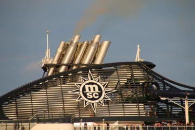 MSC Cruises Schornstein Kreuzfahrtschiff