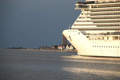 MSC Seaview Kieler Förde Kreuzfahrtschiff