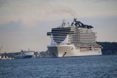 MSC Seaview Kreuzfahrtschiff Kieler Förde