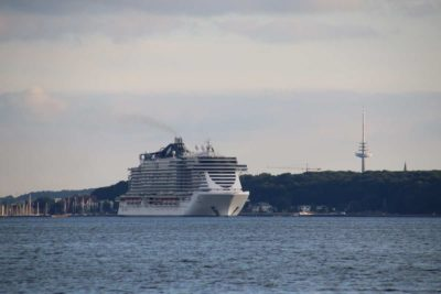 MSC Seaview Kreuzfahrtschiff Kiel Kieler Förde