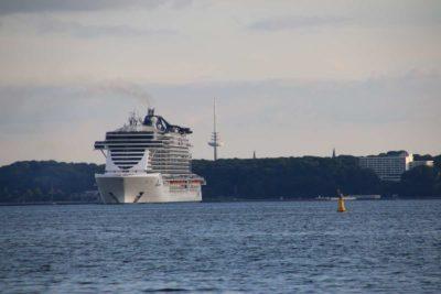 MSC Seaview Kreuzfahrtschiff Kieler Förde Kiel