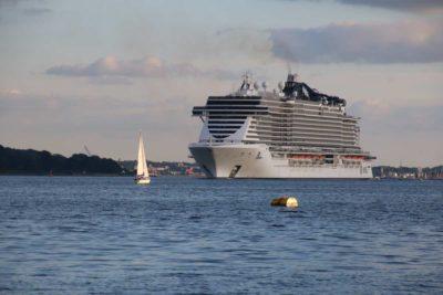 MSC Seaview verlässt Kiel