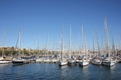 Royal Barcelona Maritime Club - sailing boats in the port