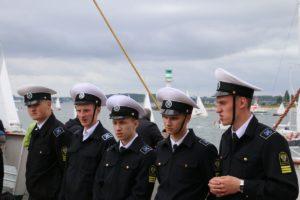 Besatzung Sedov Segelschiff auf dem Oberdeck