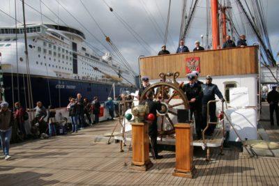 Sailing ship Sedov & Color Fantasy in the Kiel Fjord Windjammer Parade 2018