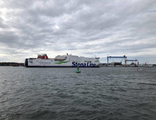 Stena Scandinavica der Stena Line läuft in der Kieler Förde ein