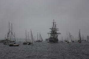Nebel bei der Windjammerparade 2013 in der Kieler Förde